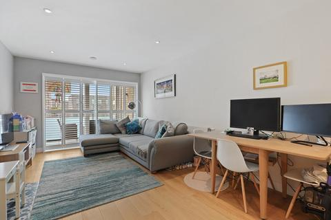 1 bedroom apartment for sale - Peartree Way, London, SE10
