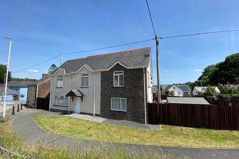 2 bedroom flat for sale - Llanwnnen, Lampeter, SA48