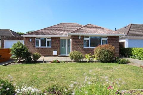 2 bedroom detached bungalow for sale - New Milton, Hampshire