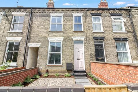 3 bedroom terraced house for sale - Connaught Road, Norwich, NR2