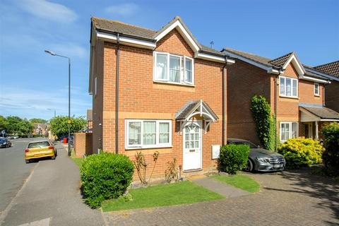 3 bedroom link detached house for sale - Earls Lane, Cippenham