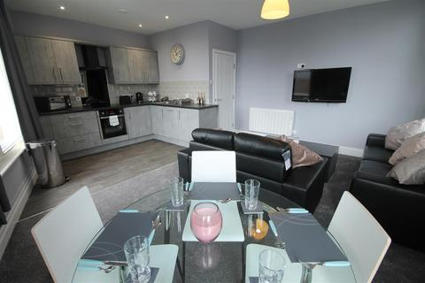 2 bedroom apartment to rent - Gallowgate Apartments, City Centre