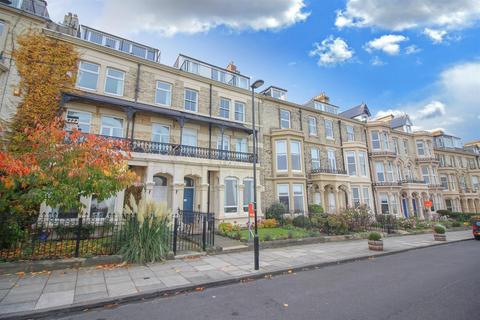 2 bedroom apartment for sale - Percy Gardens,  Tynemouth