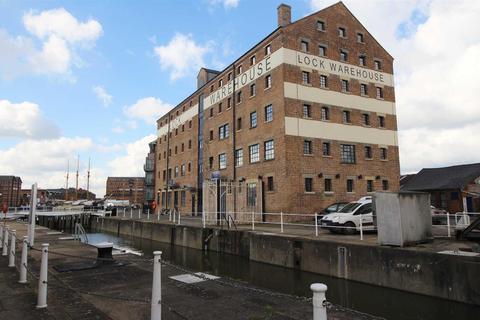 2 bedroom apartment to rent - Severn Road, Gloucester Docks