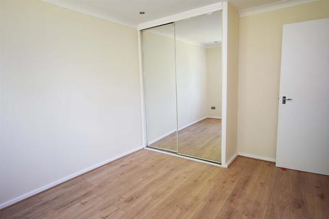 1 bedroom flat to rent - Gregory Close, Gillingham
