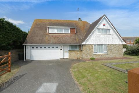 4 bedroom detached house for sale - Dallinger Road, Birchington