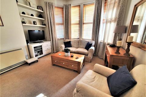 2 bedroom flat for sale - 36 Edgwarebury Lane, Edgware