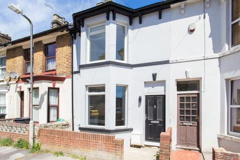 2 bedroom terraced house for sale - Oswald Road, Dover
