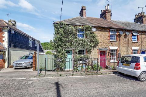 2 bedroom end of terrace house for sale - The Street, Doddington, Sittingbourne