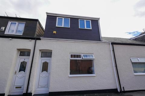 3 bedroom cottage for sale - Oswald Terrace South, Castletown, Sunderland