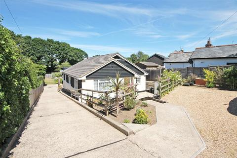 4 bedroom bungalow for sale - Burley Road, Bransgore, Christchurch, Dorset, BH23