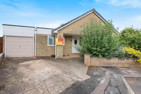 3 bedroom detached bungalow for sale - Bicester, Oxfordshire, OX26