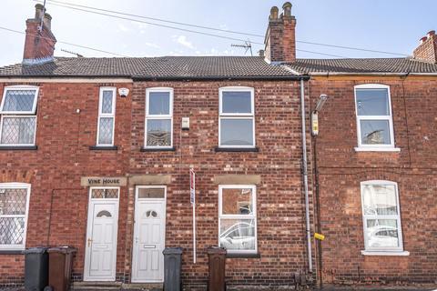 3 bedroom terraced house - Gray Street, Lincoln, LN1