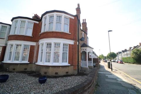 1 bedroom flat to rent - The Grove, Palmers Green, N13