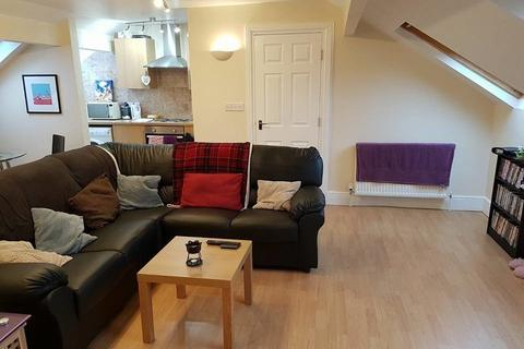 2 bedroom flat to rent - Bennett Road, Headingley, Leeds LS6