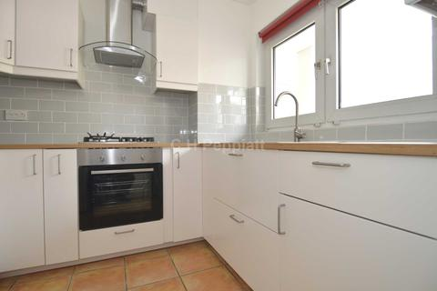 2 bedroom apartment to rent - Adelaide Road, Chalk Farm, NW3