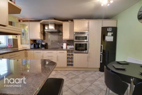 3 bedroom terraced house for sale - East Park, Bristol
