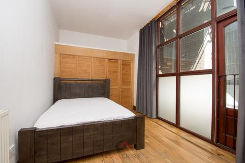 4 bedroom flat to rent - Stanmore Street, Islington,  N1
