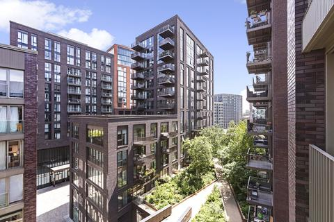 2 bedroom apartment for sale - Capital Building, Embassy Gardens, Nine Elms Vauxhall, London, SW11