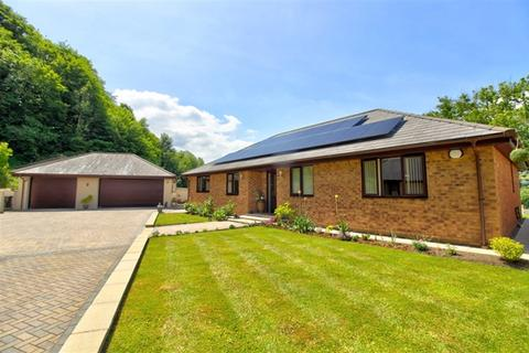 4 bedroom bungalow for sale - CONTEMPORARY STYLE WITH A STUNNING RURAL VIEW?