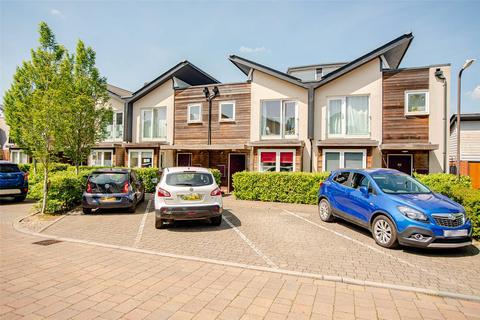 3 bedroom terraced house for sale - Clock House Rise, Coxheath, Maidstone, Kent, ME17