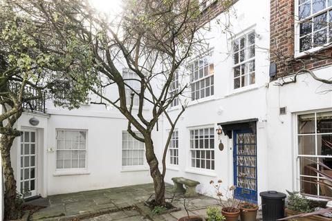 2 bedroom detached house to rent - Golden Yard, Hampstead, NW3