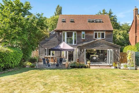 5 bedroom detached house for sale - Newnham Lane, Old Basing Hampshire RG24