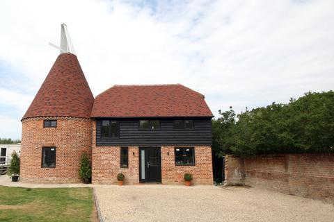 3 bedroom detached house for sale - Duckhurst Farm, Clapper Lane, Staplehurst TN12