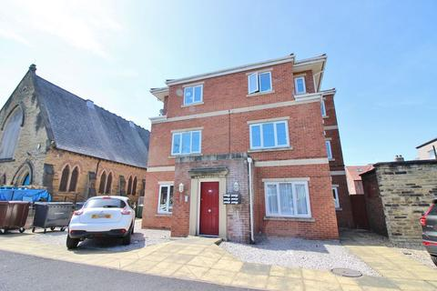 2 bedroom flat to rent - 22A Portland Street, Southport, PR8 1HU