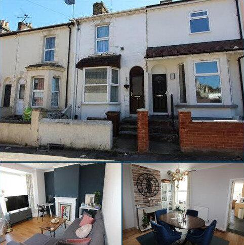 2 bedroom terraced house to rent - Gillingham Road, Gillingham, Kent. ME7 4SD