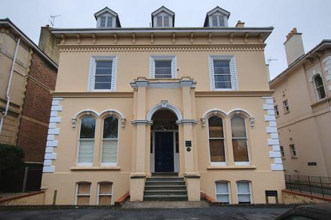 Studio to rent - Pittville Circus Road, Cheltenham GL52