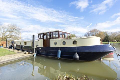 2 bedroom houseboat for sale - Northern Burway, Chertsey, KT16