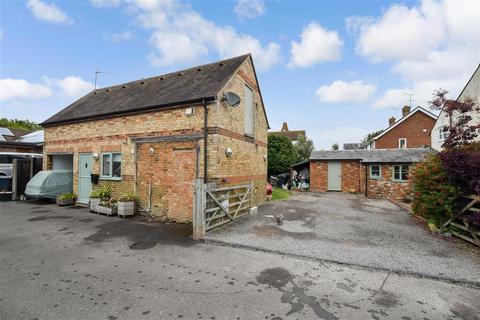 3 bedroom detached house for sale - Romney Road, Willesborough, Ashford, Kent