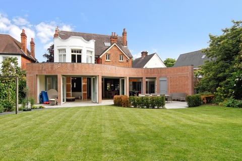 5 bedroom detached house to rent - Vineyard Hill Road, Wimbledon, London, SW19