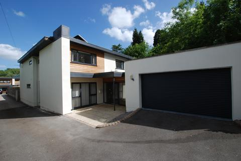 4 bedroom detached house to rent - Leckhampton Hill, Cheltenham GL53
