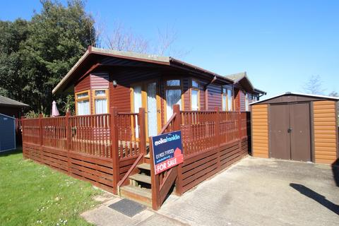 2 bedroom mobile home for sale - Ferry Road, Littlehampton