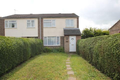 3 bedroom semi-detached house to rent - Hamlet Drive , Colchester