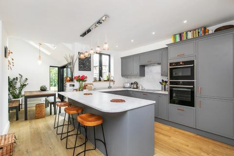 2 bedroom terraced house for sale - Upper Brook Street, Winchester, SO23