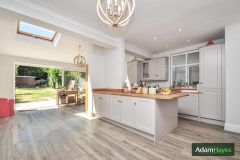 3 bedroom semi-detached house for sale - Lankaster Gardens, East Finchley, N2