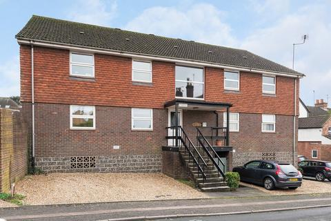 2 bedroom apartment to rent - Vincent Road, Dorking, RH4