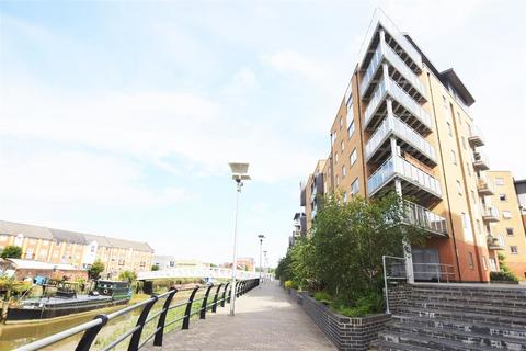 2 bedroom apartment to rent - Sail House, Colchester