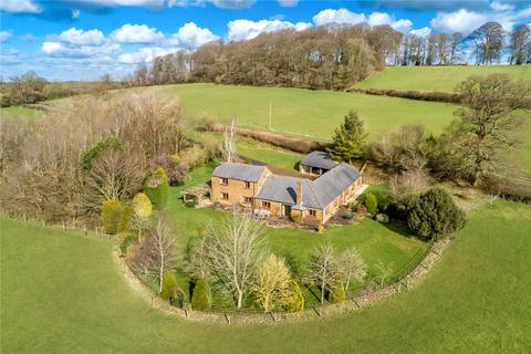 5 bedroom detached house for sale - Fawsley, Nr Daventry