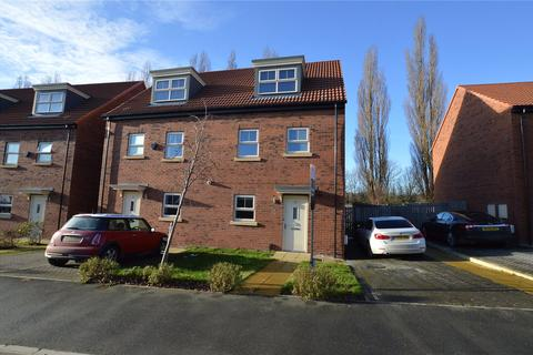 4 bedroom semi-detached house for sale - Asket Drive, Leeds, West Yorkshire