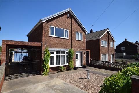 3 bedroom detached house for sale - Davis Avenue, Castleford, West Yorkshire