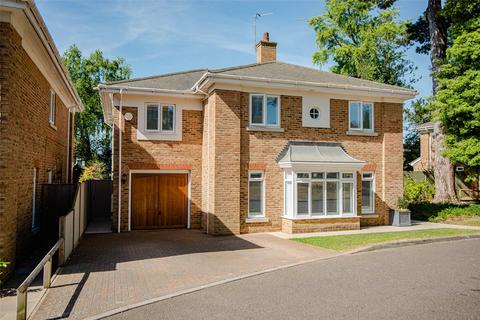 5 bedroom detached house for sale - Providence Park, Penenden Heath, Maidstone, Kent, ME14