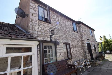 2 bedroom character property to rent - High Street, Thornbury