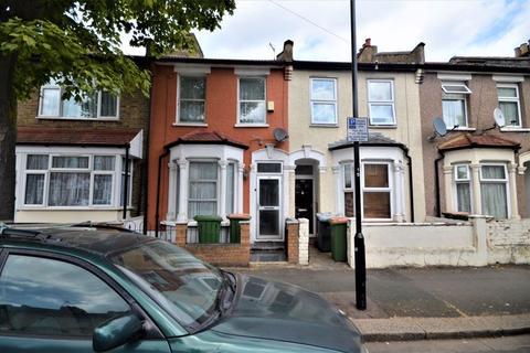 4 bedroom terraced house to rent - Corporation Street, Plaistow, E15