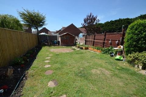 3 bedroom terraced house for sale - Three Bedroom, Terraced Family Home, close to Weymouth Golf Course