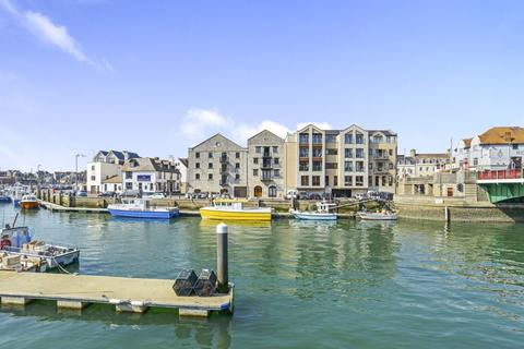 3 bedroom flat for sale - Commercial Road, Weymouth DT4