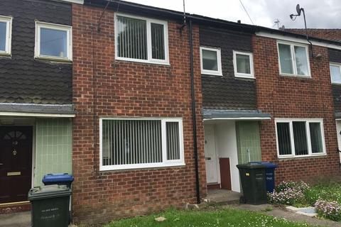 3 bedroom terraced house to rent - * HOT PROPERTY * Yetholm Place, Newcastle Upon Tyne